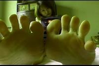 【足裏ふぇち】内藤花苗(23)足のサイズ22.5cm★お手入れしても臭っちゃう★足裏を見せる女★⑤