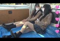 【個影】非常にかわいい女の子二人組!生足が超キレイなのに~パンチラ&胸チラだけ~泣!映像