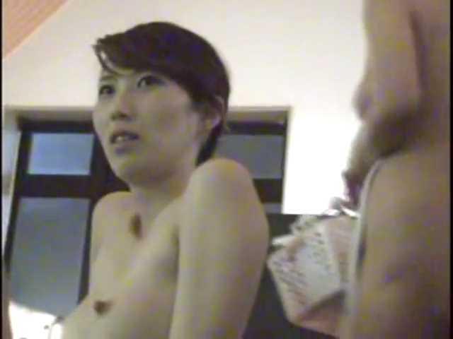 【ダンス動画】ぺちゃパイ女のパンツ剛毛スケスケダンスはエロい~♪ストリップ全裸☆チャプター1